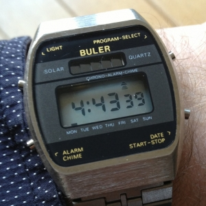 http://www.horlogesvantoen.nl/187-thickbox/mint-vintage-buler-lcd-solar-uit-de-jaren-70-80.jpg