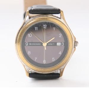 http://www.horlogesvantoen.nl/334-thickbox/junghans-solar-1-zonne-energie-horloge-condensator-stuk.jpg