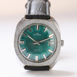 https://www.horlogesvantoen.nl/232-thickbox/ancre-17-jewels-incabloc-groen.jpg