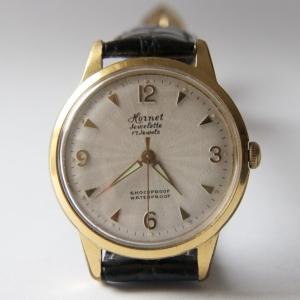 https://www.horlogesvantoen.nl/649-thickbox/hornet-laco-17-jewels-herenhorloge-verguld-jaren-60-met-durowe-1955.jpg
